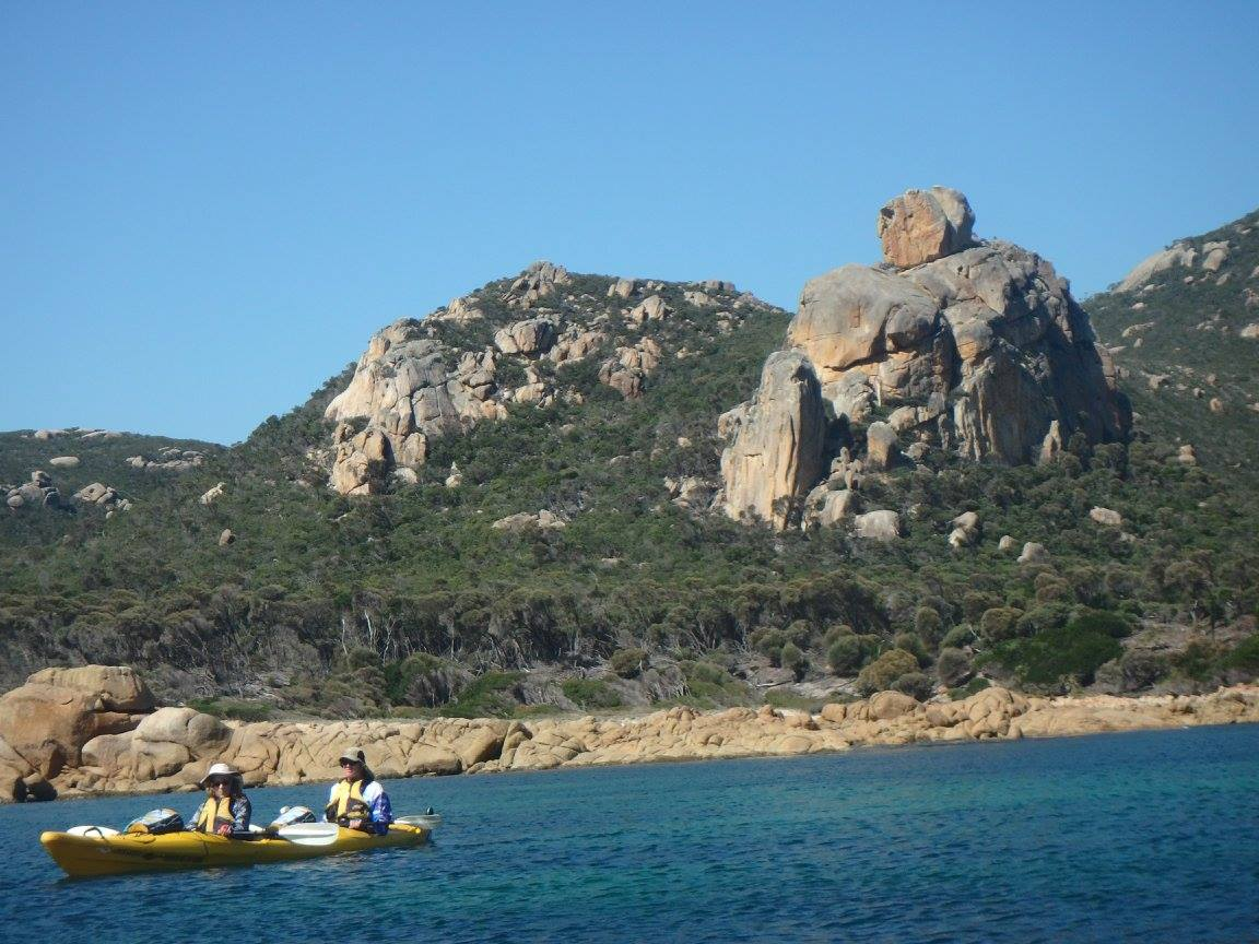 Roaring 40s Kayaking Blog - Flinders Island kayaking