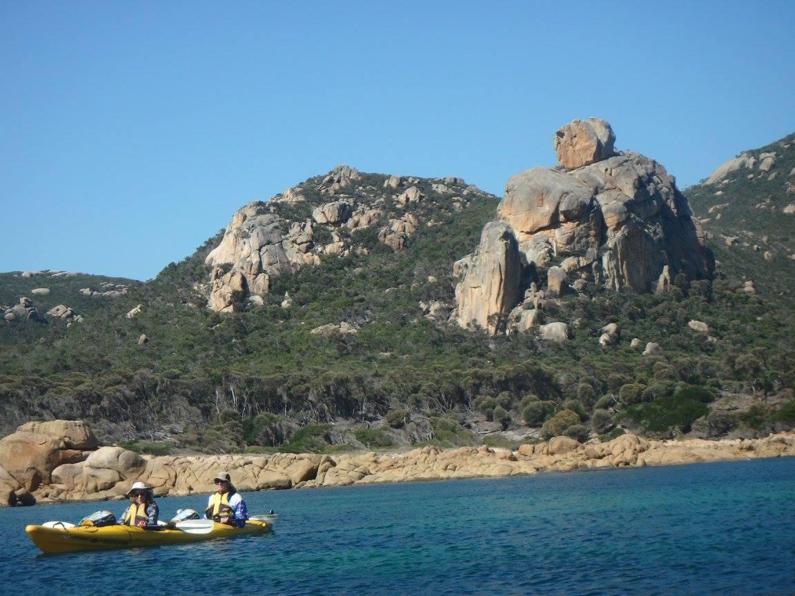 Flinders Island kayaking
