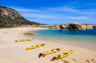Kayaking Flinders Island